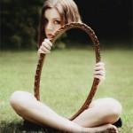 mirror girl holding