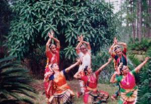 dancersIndian72